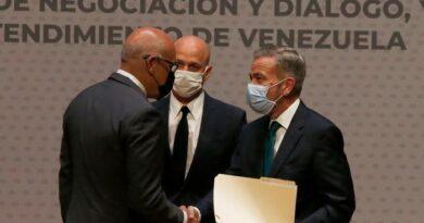 ¿Qué opinan los venezolanos del diálogo en suelo mexicano?